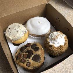 Terrific Top 10 Best Bakery Birthday Cake Delivery In Roanoke Va Last Personalised Birthday Cards Beptaeletsinfo
