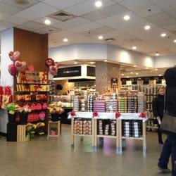 The Food Emporium New York Ny Usa