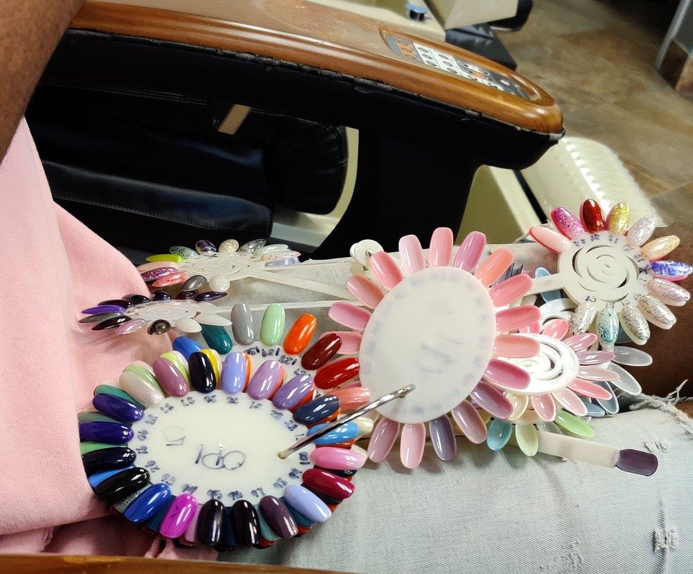 Lotus Nails & Spa: 11670 Lakeridge Pkwy, Ashland, VA
