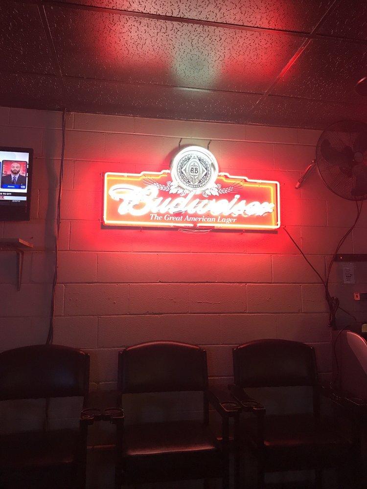 Hux's Billiard: 1022 E 10th St, Roanoke Rapids, NC