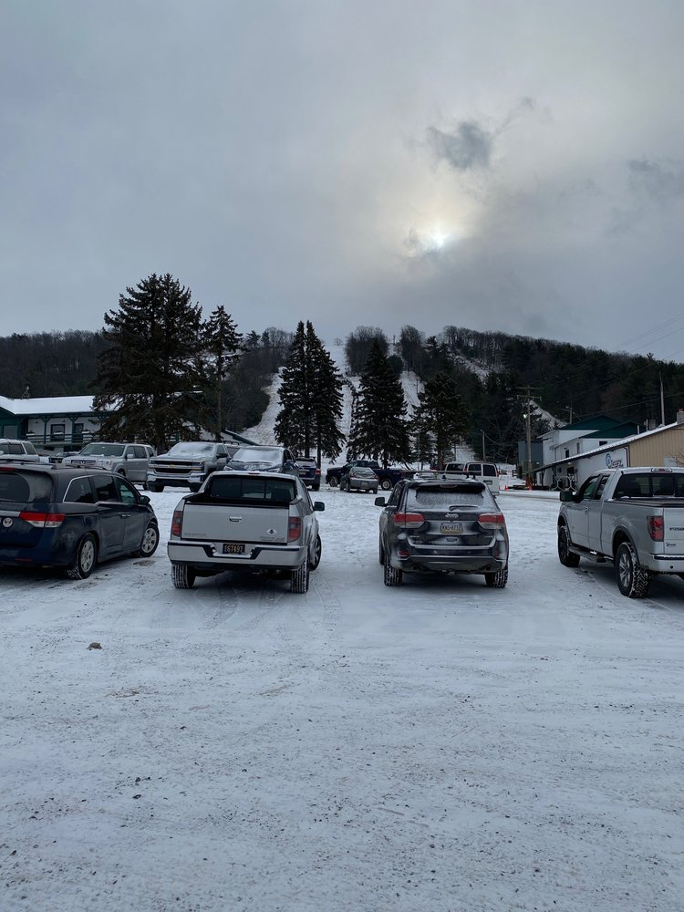 Tussey Mountain Ski Area: 301 Bear Meadows Rd, Boalsburg, PA