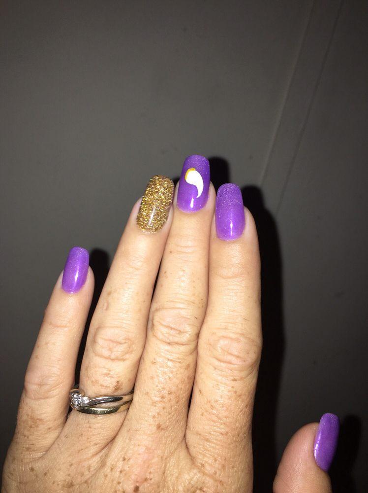Zen Nails: 923 8th St, Farmington, MN