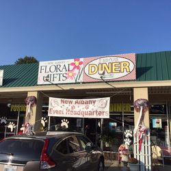 Photo Of 2 Sister S Diner New Albany Ms United States Front