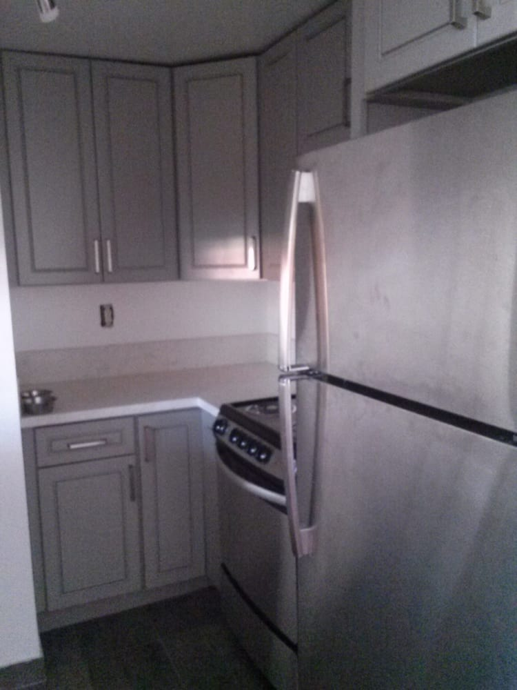 Our kitchen bath cabinets builders 11964 wilshire for Bathroom cabinets yelp