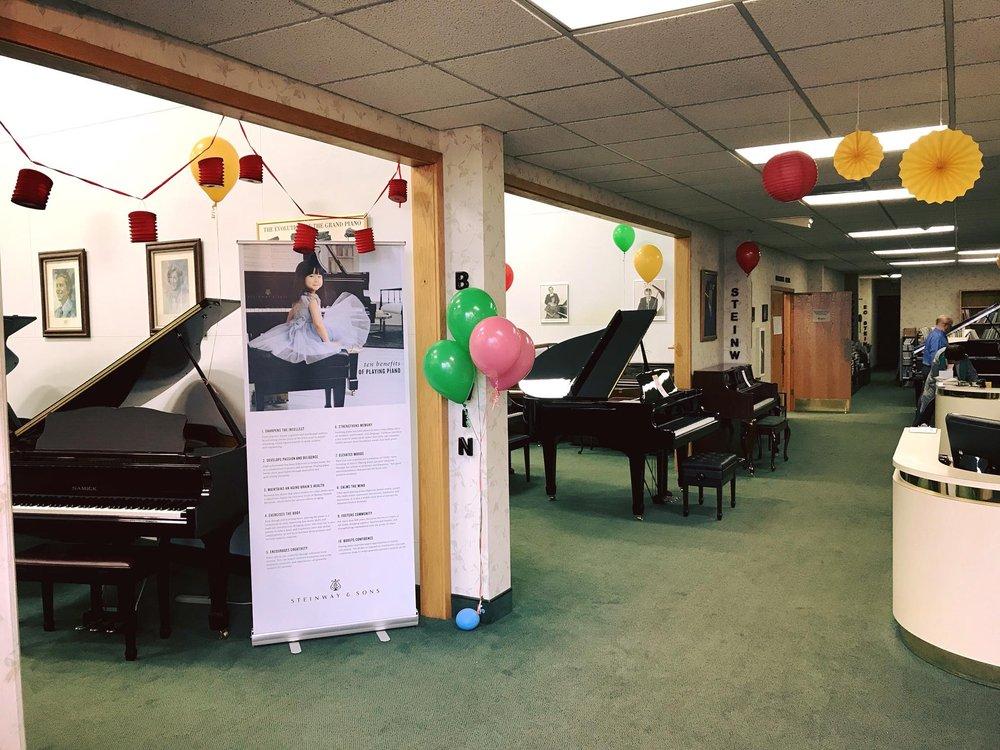 Graves Piano & Organ: 5798 Karl Rd, Columbus, OH