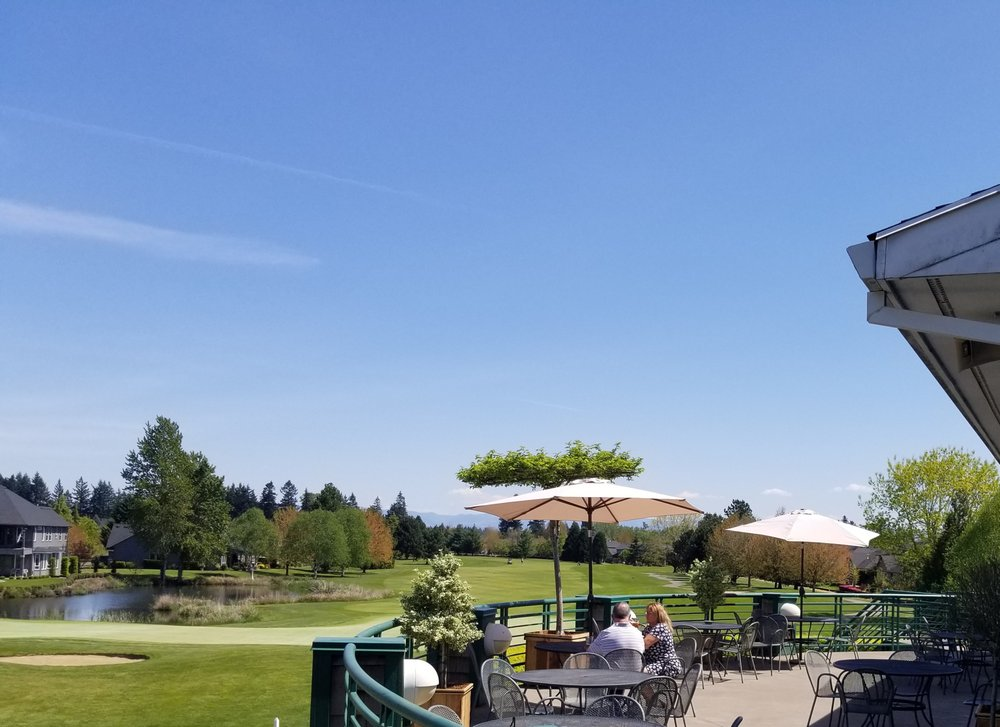 Orchards Grill at OGA Golf Course: 2850 Hazelnut Dr, Woodburn, OR