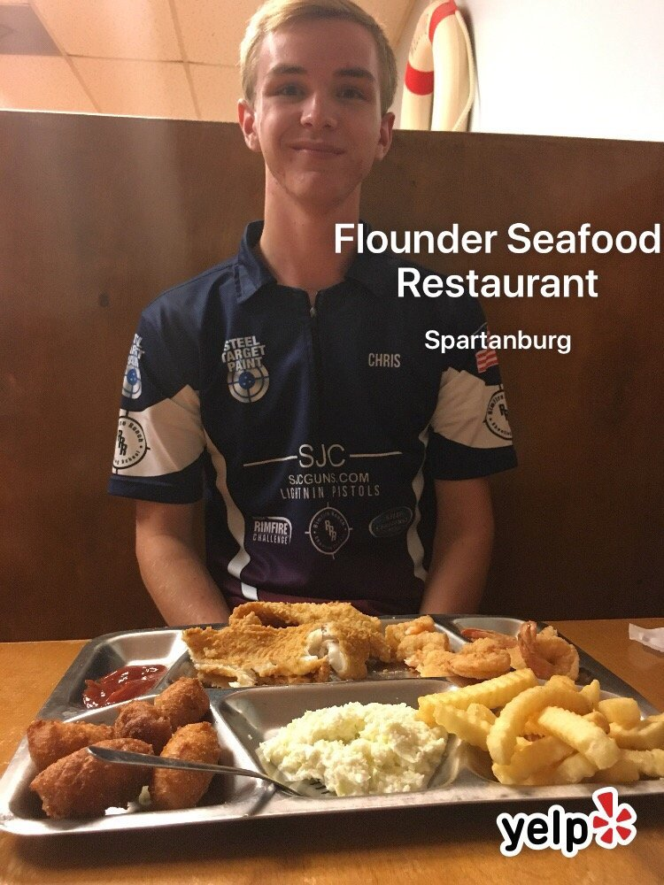 Flounder Seafood Restaurant: 160 Barbado Ln, Spartanburg, SC