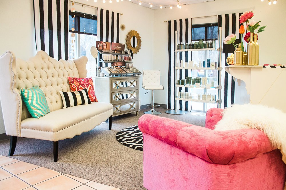 Pure Glow Salon & Spa: 1662 US Hwy 395 N, Minden, NV