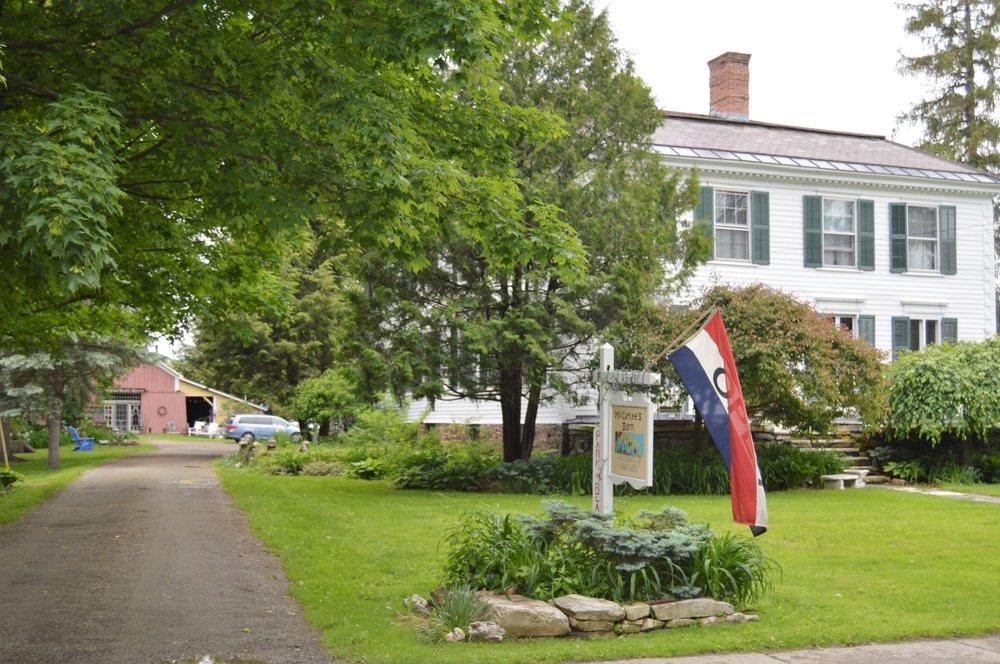 McCartee's Barn Fine Art and Antiques: 23 E Broadway, Salem, NY