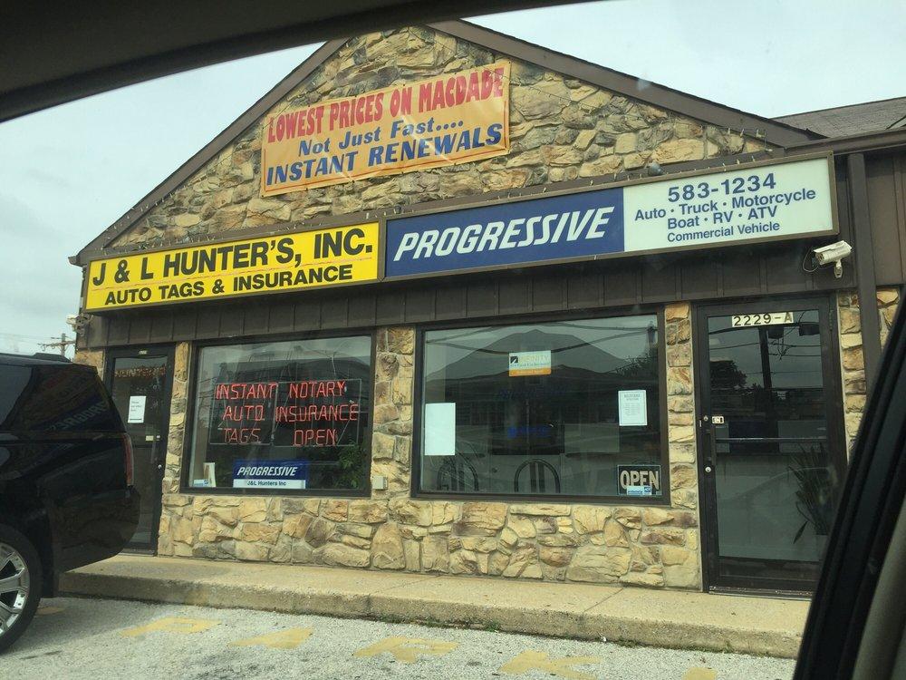 Hunter's Auto Tags: 2229 Macdade Blvd, Holmes, PA