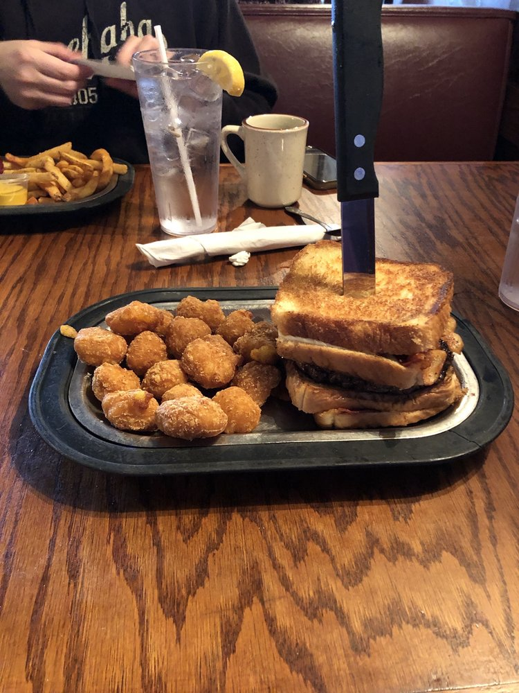 The Kingsman Restaurant: 936 Axtell Dr, Cayce, SC
