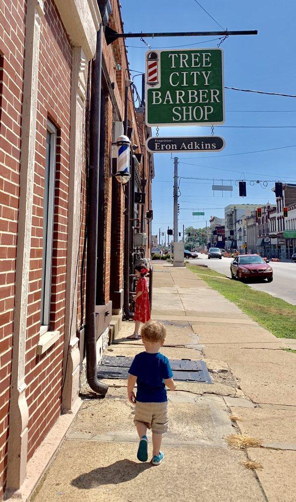 Tree City Barbershop: 112 W Main St, Greensburg, IN
