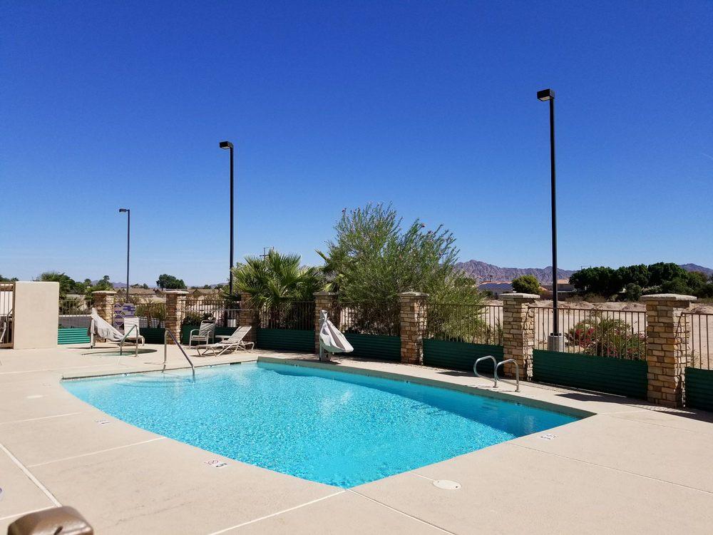 Comfort Inn & Suites Yuma I-8: 10553 South Fortuna Rd, Yuma, AZ