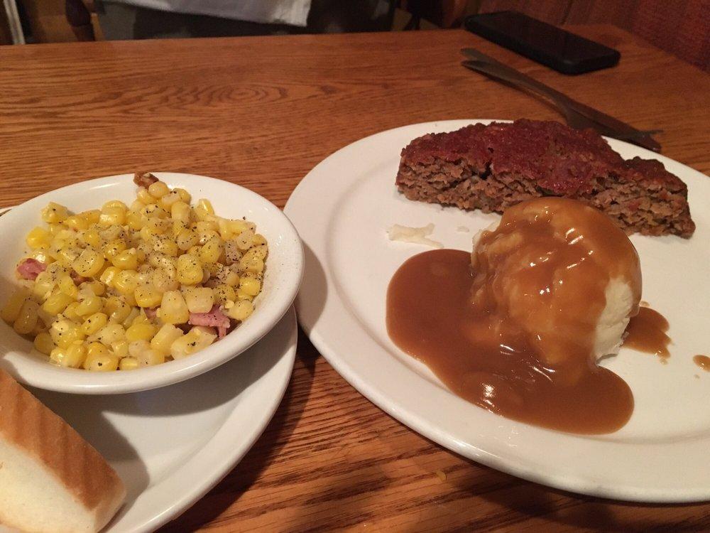 Kelley's Grill & Bar: 15540 State Ave, Basehor, KS
