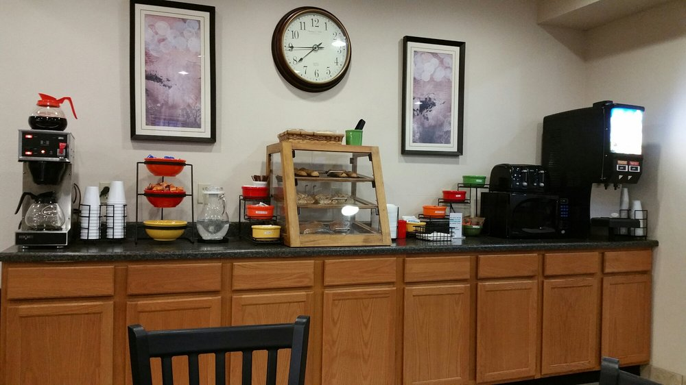 Settle Inn & Suites Harlan: 5015 Ridgeway Dr, Harlan, IA