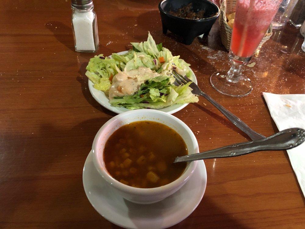 El Ranchito Restaurant: 3048 Atchison St, Riverbank, CA