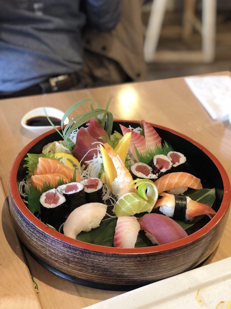Jaku Sushi & Grill: 1671 Marketplace Dr SE, Caledonia, MI