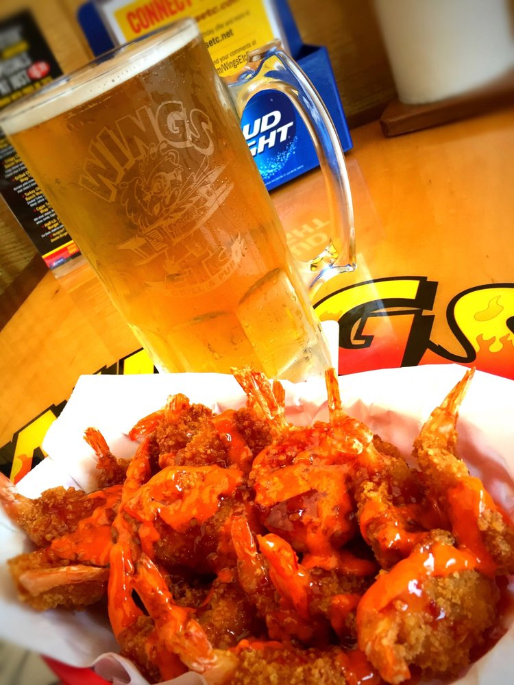 Wings Etc.: 657 N Main St, Bluffton, IN