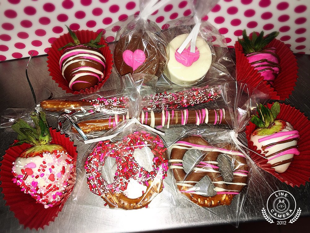 MG Bakery: 597 5th St, Gustine, CA
