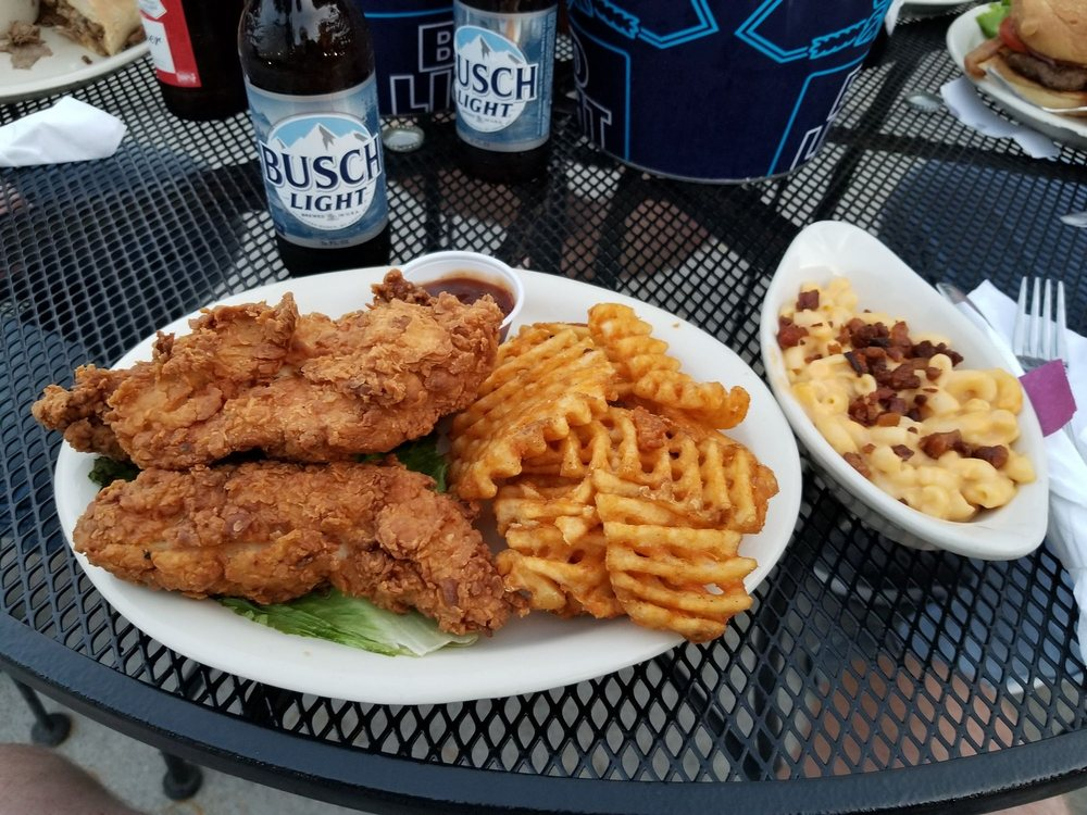 Veit's Pub and Grill: 2314 Lorenzo Greene Dr, Jefferson City, MO