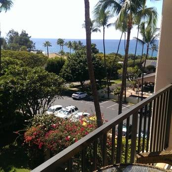 Photo Of Maui Condo Car Kihei Hi United States Daytime View