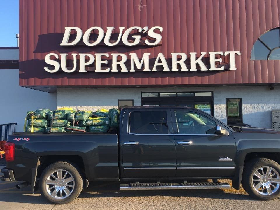Doug's Supermarket: 310 Main Ave NE, Warroad, MN
