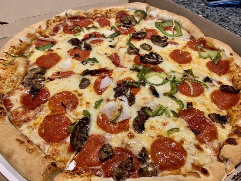 Mancino's Pizza & Grinders: 2710 Nashville Rd, Bowling Green, KY