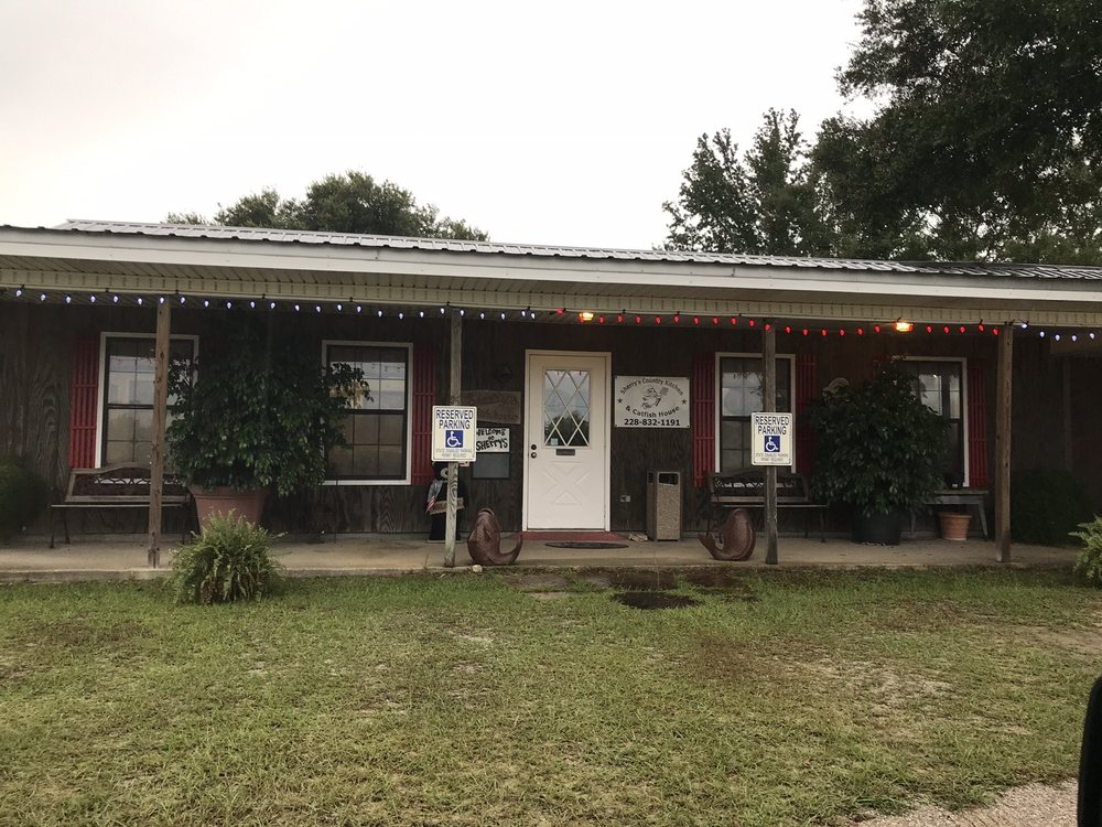 Sherry's Country Kitchen: 20180 Highway 53, Gulfport, MS