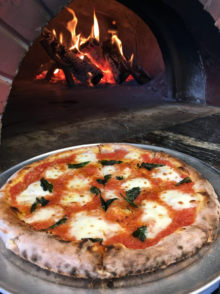 Brockenzo Neapolitan Pizza: Long Island, NY