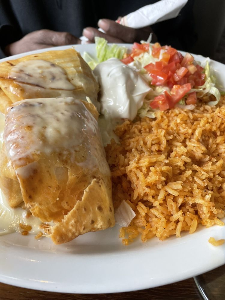 Cozumel: 4195 W 150th St, Cleveland, OH