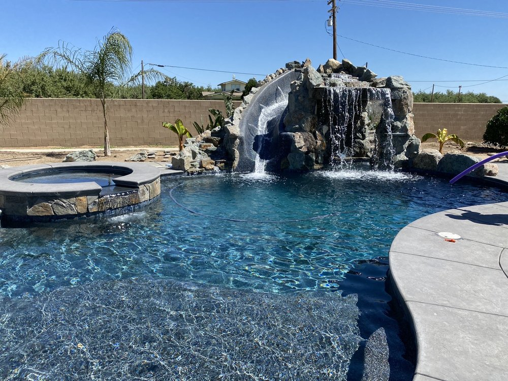 Brightside Pool Cleaning: Turlock, CA