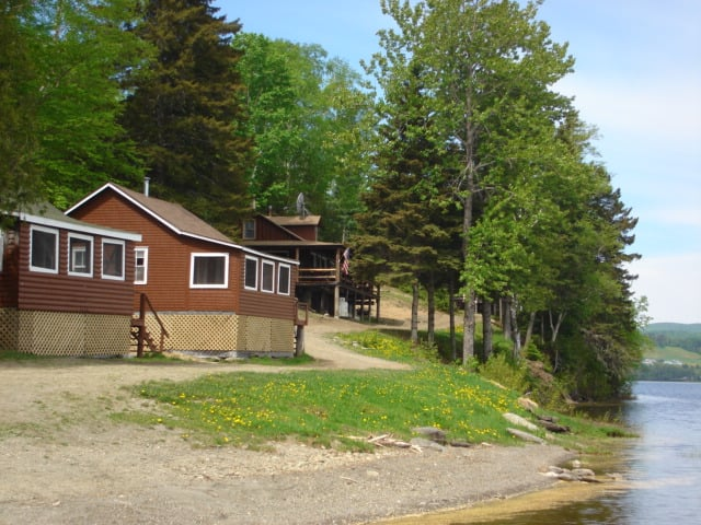 Fish river lodge closed vacation rentals 316 old for Fishing cabin rentals