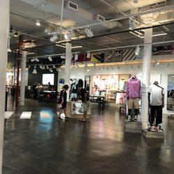 negozi scarpe converse new york
