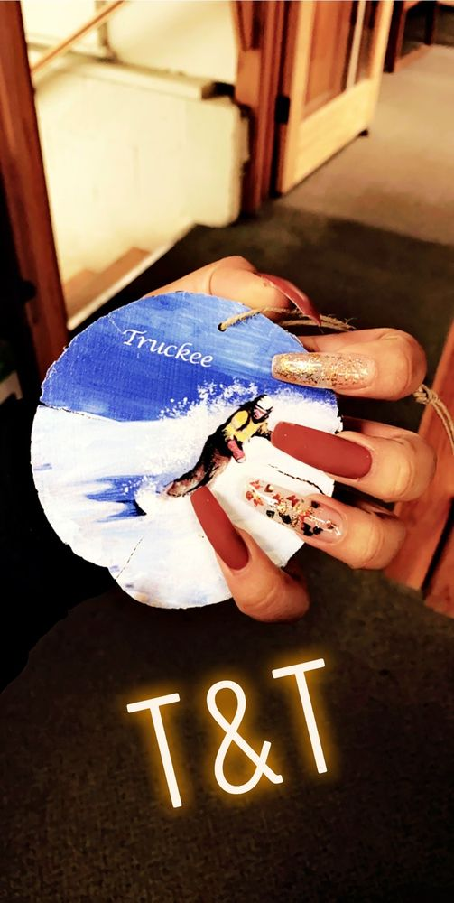T&T Nails: 10770 Donner Pass Rd, Truckee, CA