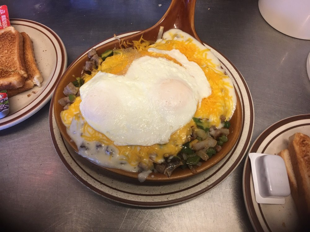 Sunrise Family Restaurant: 927 14th Ave, Fulton, IL