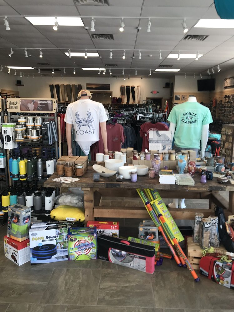 Red Beard's Outfitter: 4354 Old Shell Rd, Mobile, AL