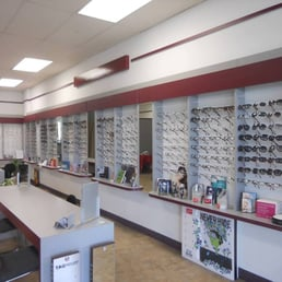 Nuview optometric center 28 beitr ge augenoptiker for Daku fenster
