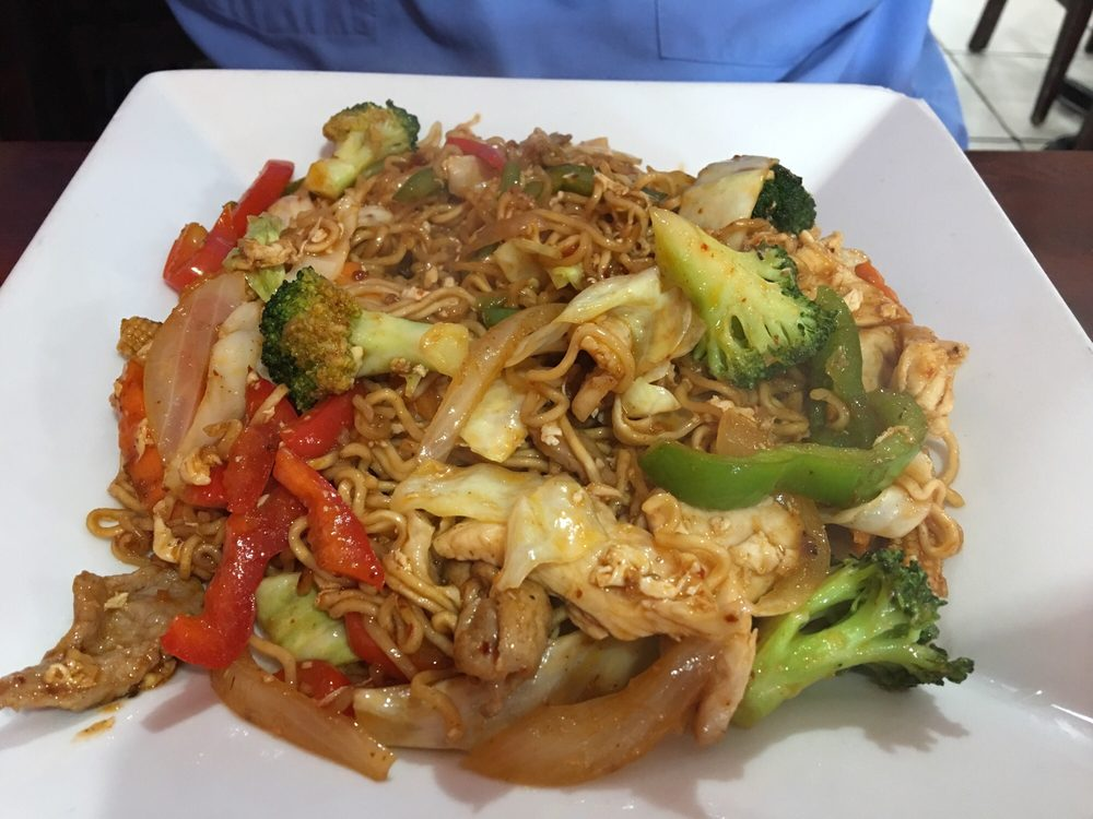 Food from Pad Thai