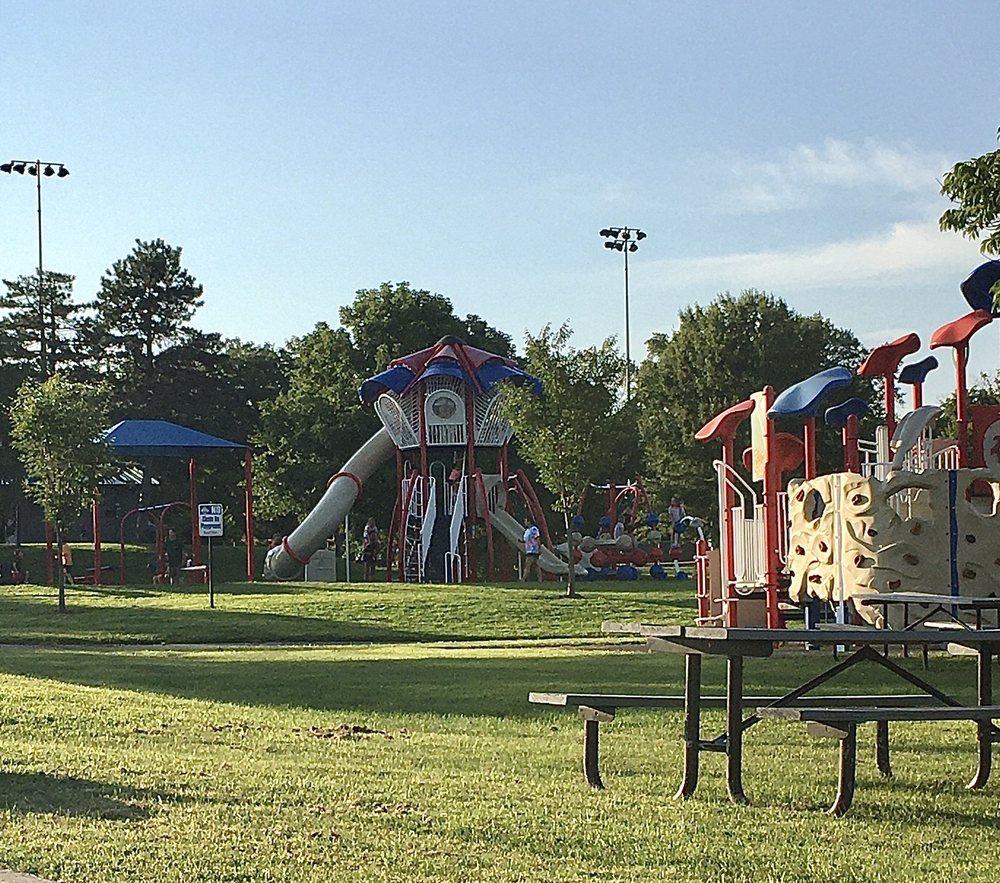 Founder's Park: 7 Freymuth Rd, Lake Saint Louis, MO
