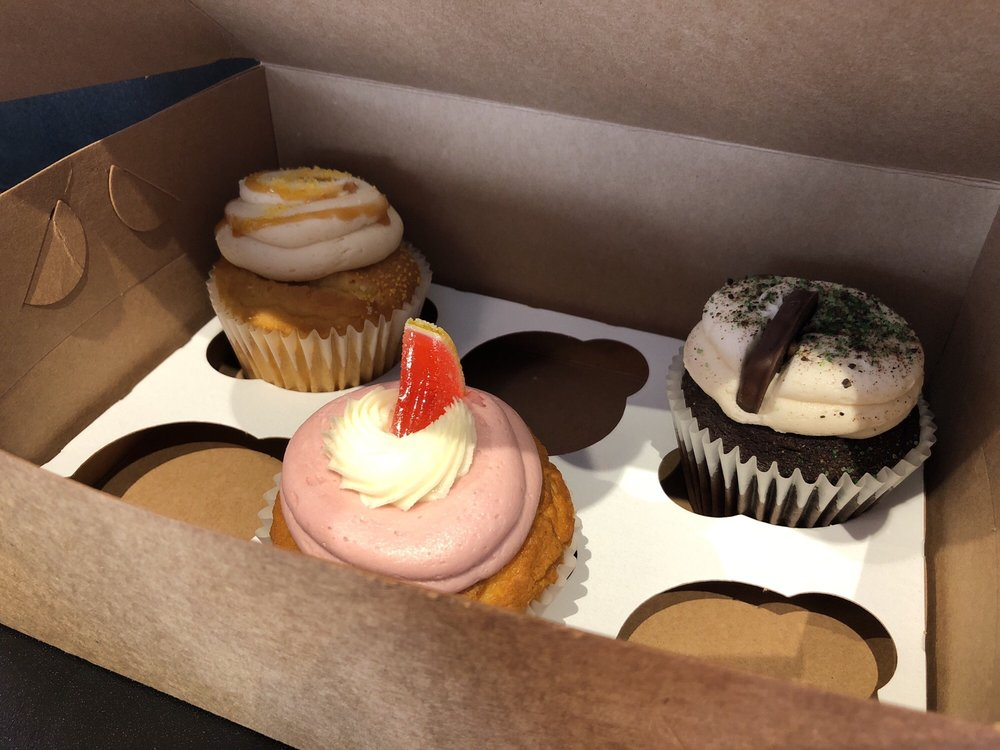 Cupcake Á La Mode