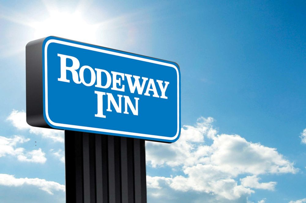 Rodeway Inn: 6001 Rogers Ave, Fort Smith, AR