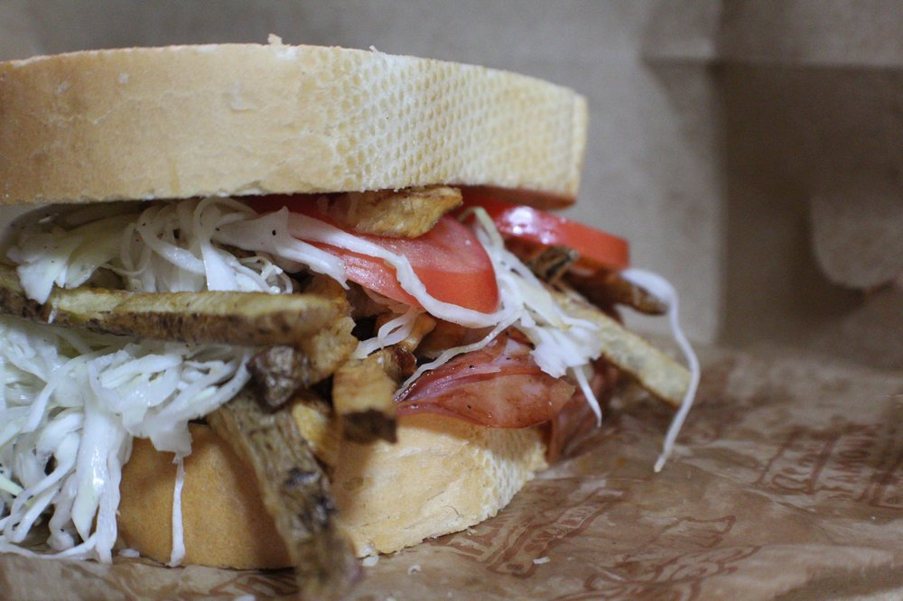 Primanti Bros - Greensburg: 830 E Pittsburgh St, Greensburg, PA