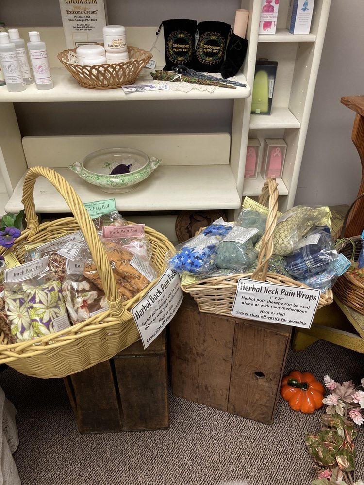 Bella Donna Herbs: 720 Pike St, Lemont, PA