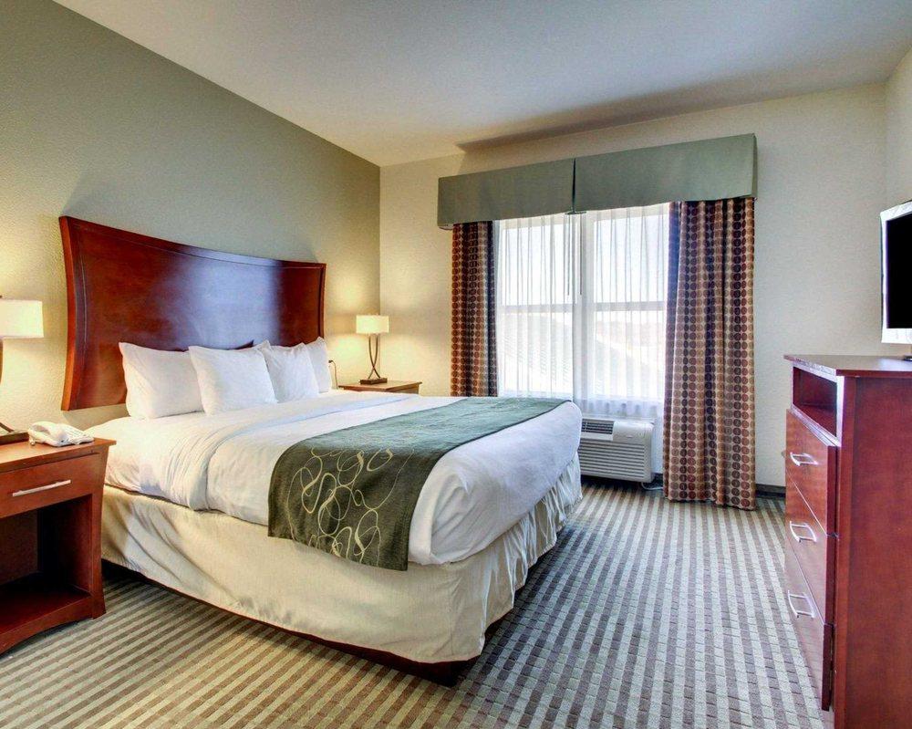 Comfort Suites: 100 Berryman Rd, Vicksburg, MS