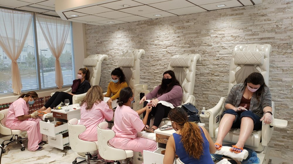 LipLash Organic Spa: 20755 Williamsport Pl, Ashburn, VA