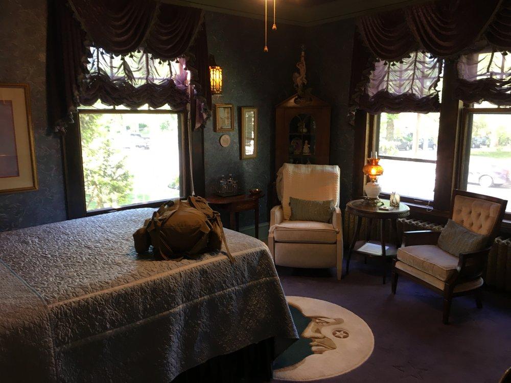 The Carolina Bed & Breakfast: 309 N Ewing St, Helena, MT