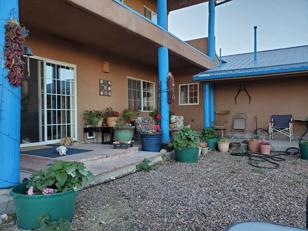 Casa Azul: 3394 W Hwy 60, Quemado, NM