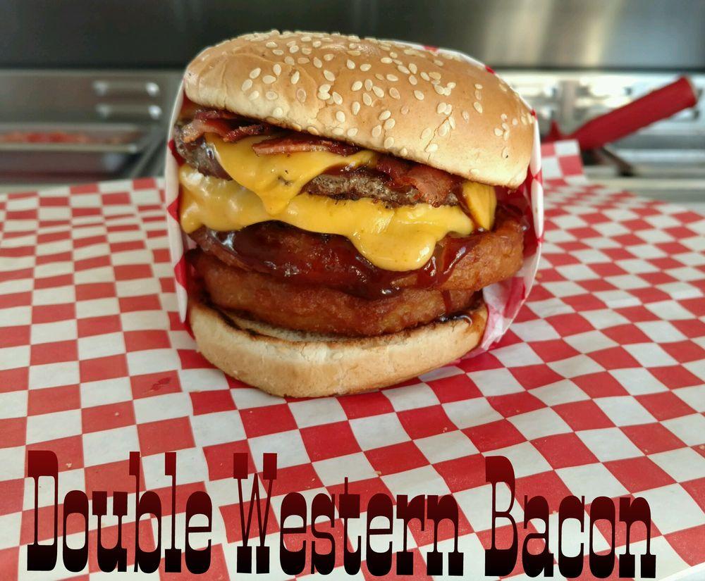 Banderas Burger Grill: 3221 Niles St, Bakersfield, CA