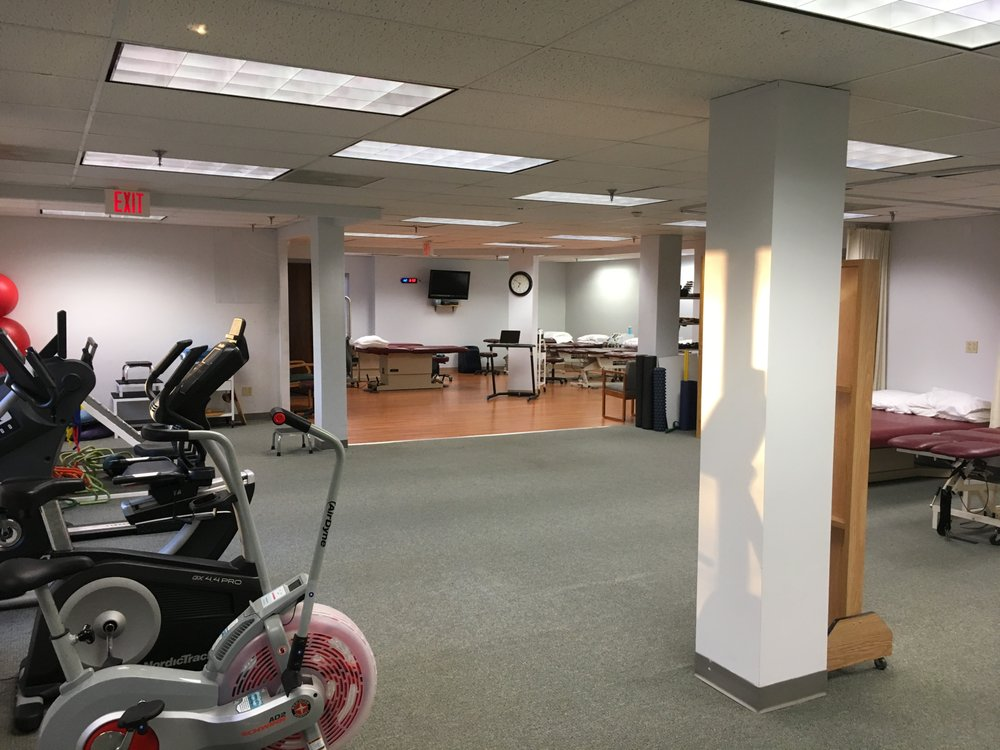 Wilton Physical Therapy Main: 23 Hubbard Rd, Wilton, CT