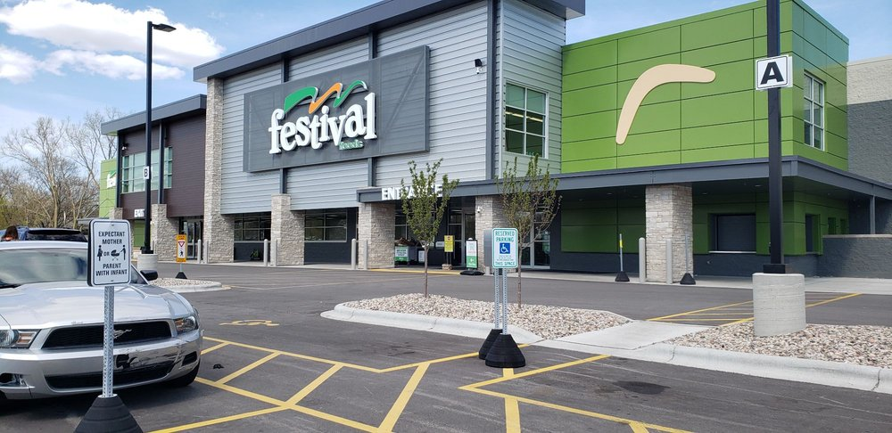 Festival Foods: 5600 S 108th St, Hales Corners, WI